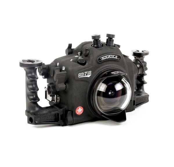 Carcasa submarina Aquatica para Nikon D7100 y D7200