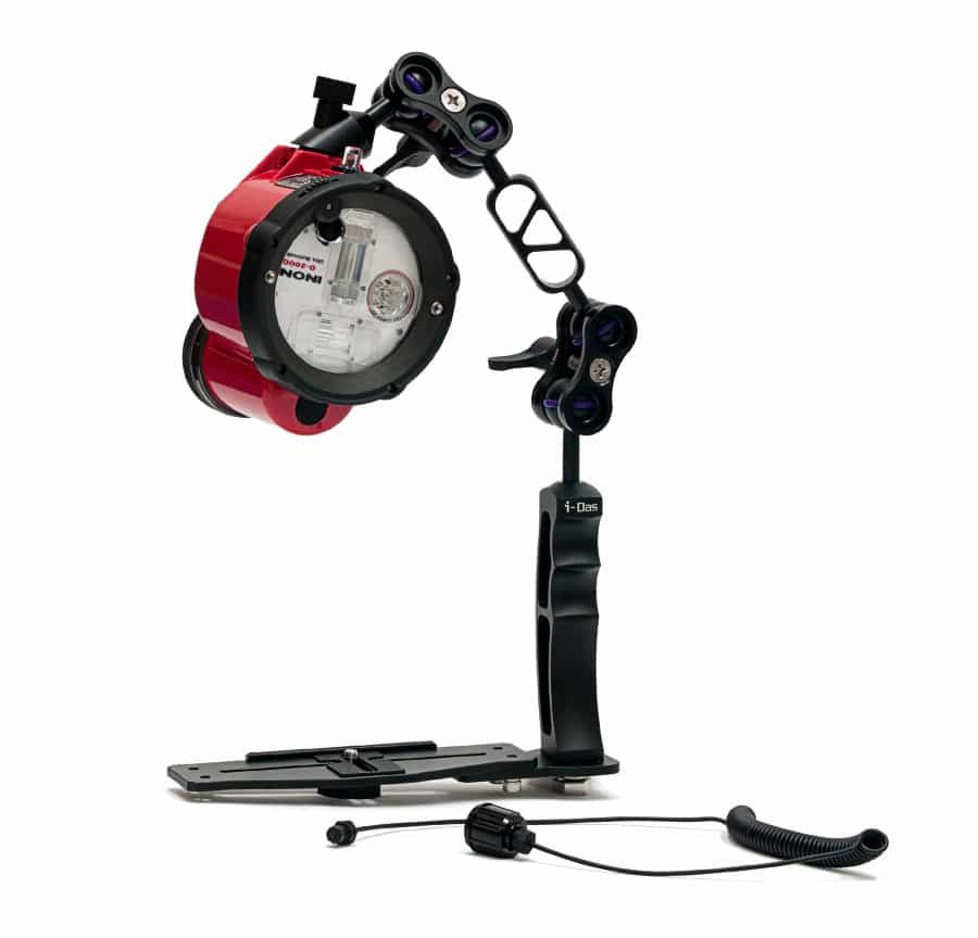 Conjunto iluminación submarina flash INON D-2000