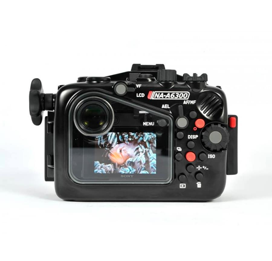 Carcasa-Nauticam-para-Sony-A6300-trasera