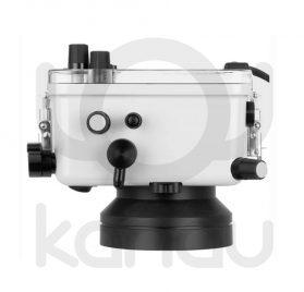 La carcasa Ikelite específica para cámara Canon G5X Mark II está fabricada en ABS gris en la parte delantera y policarbonato de alta-resistencia en la parte trasera. Los mandos son de acero inoxidable, tenemos control total de los mandos de la cámara.