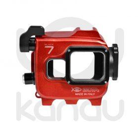 La Carcasa Isotta para la cámara de acción, modelo GoPro 7 black , está fabricada en aluminio marino anticorrosión. Con acceso a todos los diales principales de la cámara.